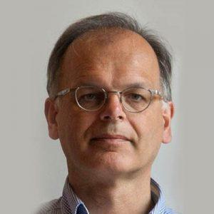 Dr. Alexander van der Made