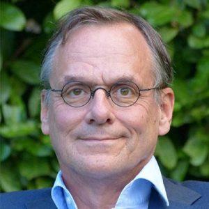 Dr. Fred van Roosmalen